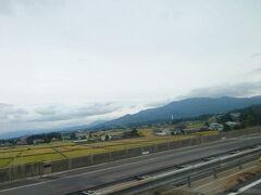 あっという間に磐梯町界隈の峠越えをクリアし、会津の盆地に突入です。