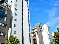 東急ステイ札幌大通 https://www.tokyustay.co.jp/hotel/SPO/  本日のお宿「東急ステイ札幌大通」大通駅3番出口左階段を上がって3分ぐらいで到着。