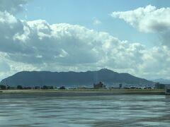 空港での函館山