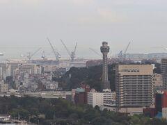 横浜マリンタワー。