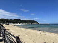 きれいな海の水と志賀島。