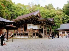 帰りはせっかくなので、戸隠神社の中社に立ち寄ります。
