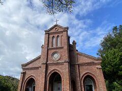 さて、教会巡りに出発。 こちらの教会は中も見学可能。 コロナの影響で、見学可能なところと不可のところと様々でした。 基本、どちらの教会も中は写真撮影不可。心のフィルムに記録しました。