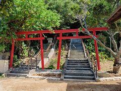 神社がありました。こちらも金毘羅の神社。 「来させてもらってありがとうございます」とお参りした。