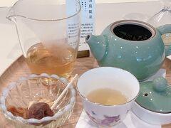 お湯を継ぎ足して味わう台湾茶の魅力は 1煎目と2煎目以降では、その度に香りがガラっと変化して楽しめる事だよね