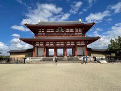 復元された平城京 朱雀門です。