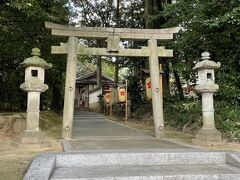 平城京から法華寺へ行く途中にあった宇奈多理神社です