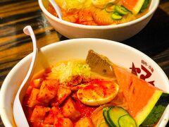 盛岡三大麺の一つ、盛岡冷麺。この日はたまたま冷麺祭り開催中で半額。
