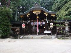 八大神社の本殿。