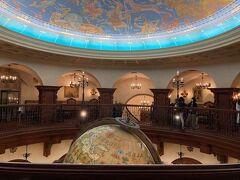 ディナーはディズニーシーの中で一番の高級レストラン『マゼランズ』へ。