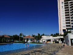 2泊目は、オリエンタルホテル沖縄リゾート&スパに移動!10月からマリオットからオリエンタルホテルに変わったとのこと。マリオット時代に2回宿泊したことがあります~。大きく変更は無いようですが、ファミリー向け感が強くなったような・・・スタッフさんは以前お見掛けしたお顔の方が何名かおられました