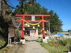 白山島にある白山神社です。 主祭神は、「菊理媛命(くくりひめのみこと)」