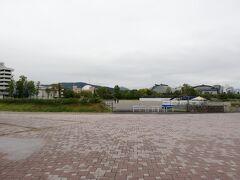 旧広島市民球場があった広場にやって来ました。 野球ファンとして聖地巡礼です。