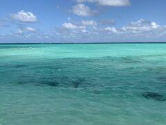 池間島周辺は海の色がすごく綺麗