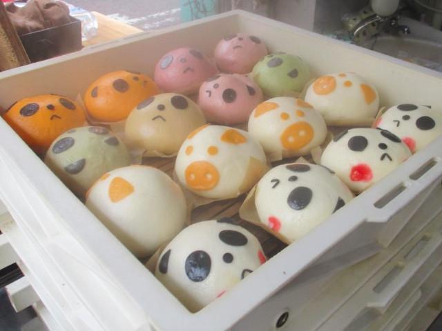 【横浜中華街】絶品食べ歩きグルメ12選!タピオカ、スイーツ、豚まんなど