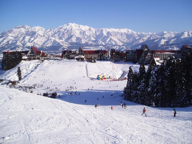 スキー場直結! 温泉も楽しめるホテル12選