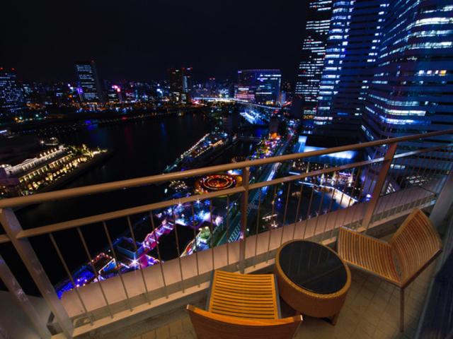 最高の誕生日のために。横浜の感動夜景が楽しめるホテル7選