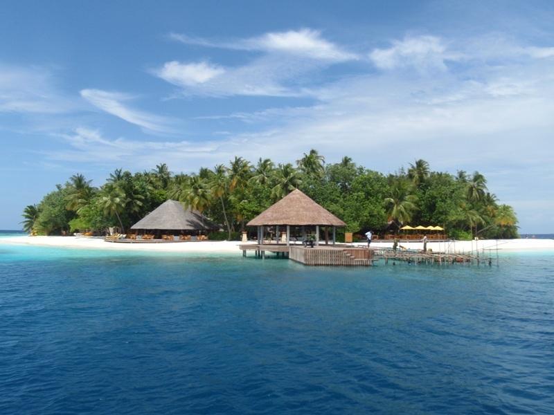 一生に一度は泊まりたい!世界の絶景ホテル25選
