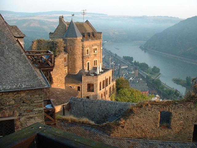 お城に泊まるすてきな旅! ドイツの古城ホテル12選
