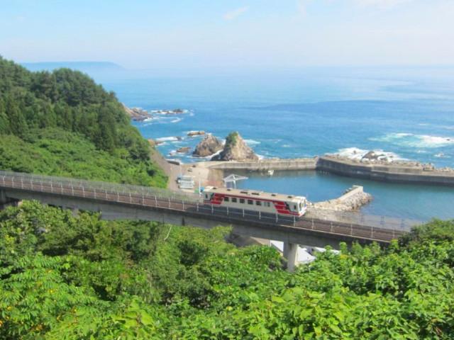 ローカル線の旅へ!車窓から絶景が広がる鉄道&路線18選【2020年版】
