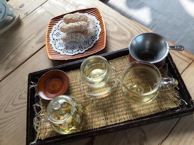 チャマシヌントゥル (茶を飲む庭)