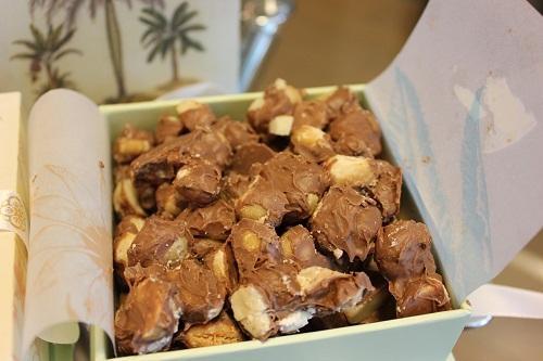 カハラのオリジナルチョコレートマカダミアナッツ