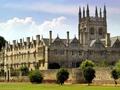 世界遺産ストーンヘンジ、ウィンザーとオックスフォードを巡る日帰り観光ツアー<ロンドン発>