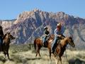 レッドロックの大自然を堪能!2時間乗馬体験ツアー<午前>