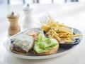 ビルズ(bills) 食事券&事前予約サービス 魅力はパンケーキだけじゃない!新鮮食材の豪華ディナー<ホノルル・ビーチウォーク通り>